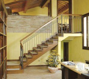 Материалы и инструменты для деревянной лестницы