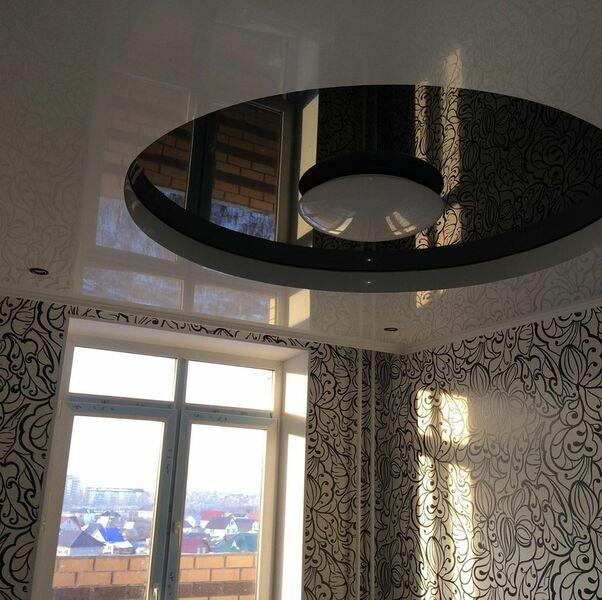 Натяжной потолок в виде круга