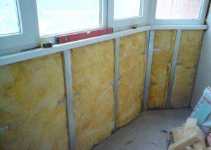Какими материалами утеплять балкон?