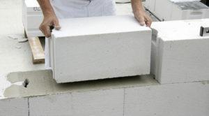 Укладка газобетонного блока