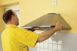 Нюансы установки вытяжки на кухни